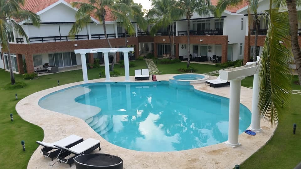 cocotal condo for rent private pool