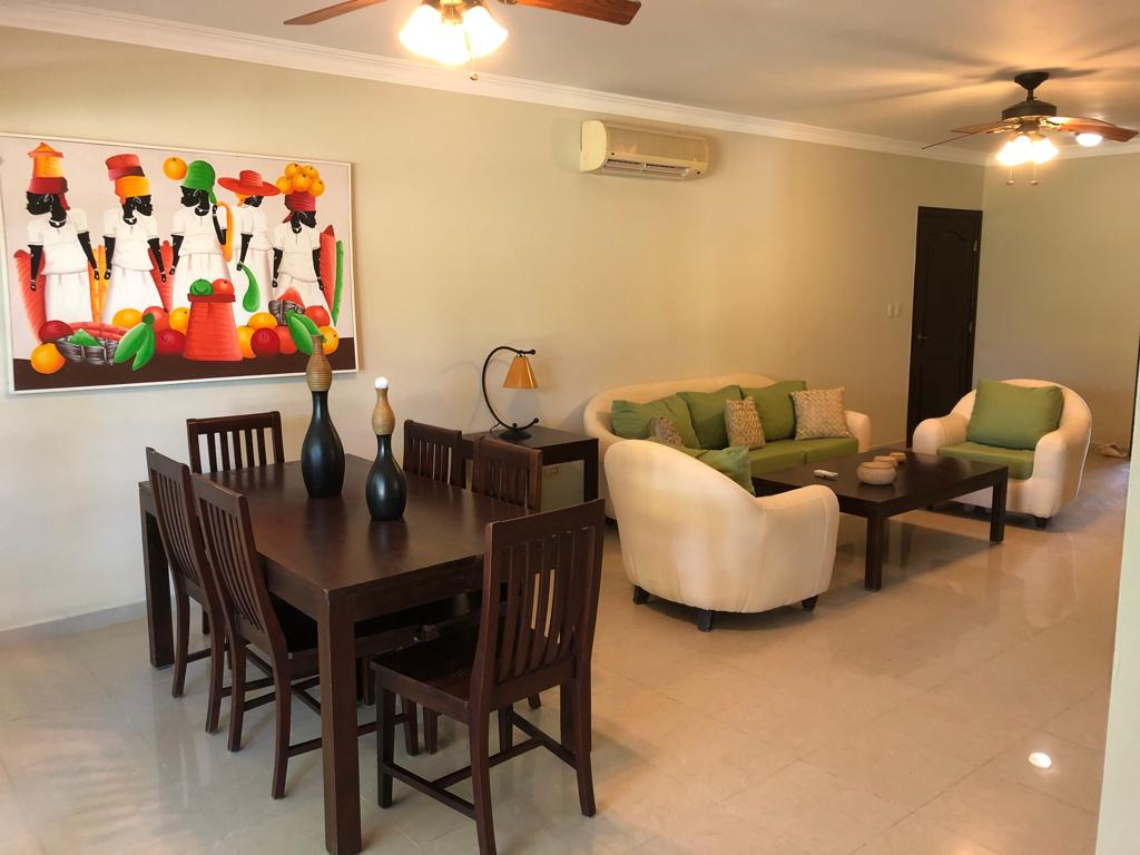 palma real condo for rent dining/living room